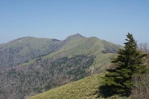 2009042910ちち山と笹ヶ峰.jpg