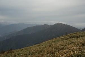 2009050508寒峰を望む.jpg