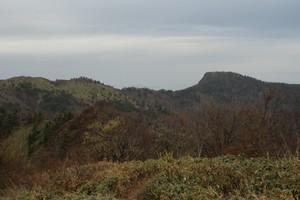 2009050512烏帽子山を望む.jpg